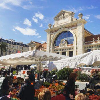 Le marché de le libération et la Gare du Sud