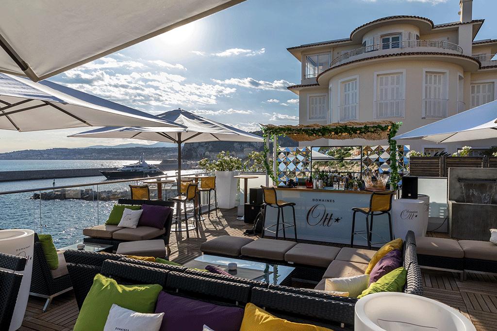 Bar du Rooftop La Réserve à Nice
